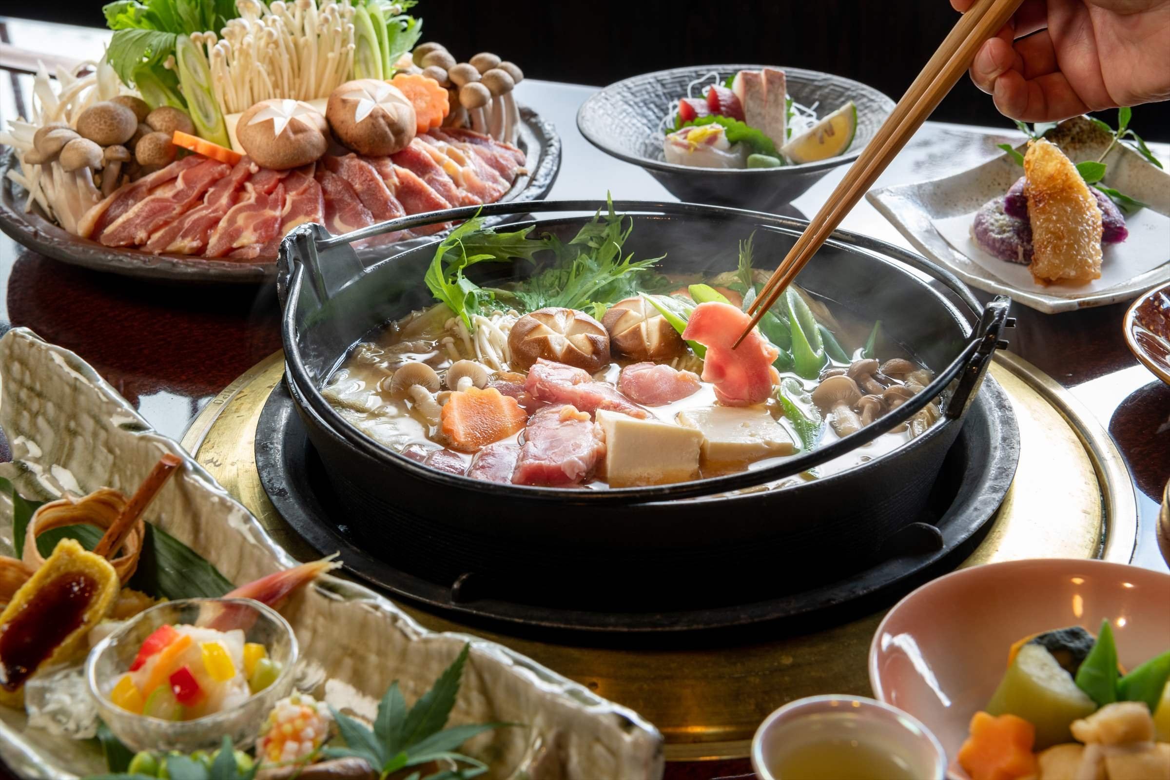 For cold days we highly recommend the local chicken hot pot!