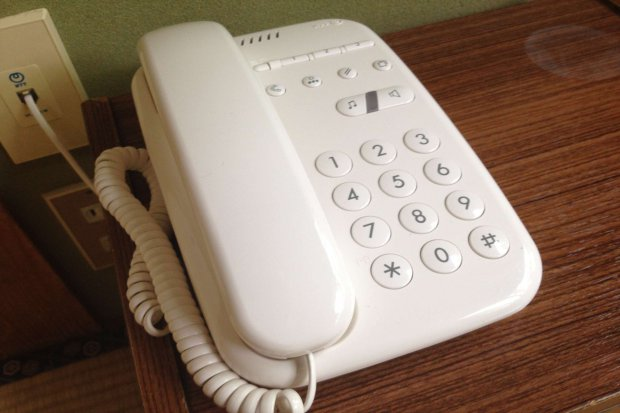 フロント内線電話